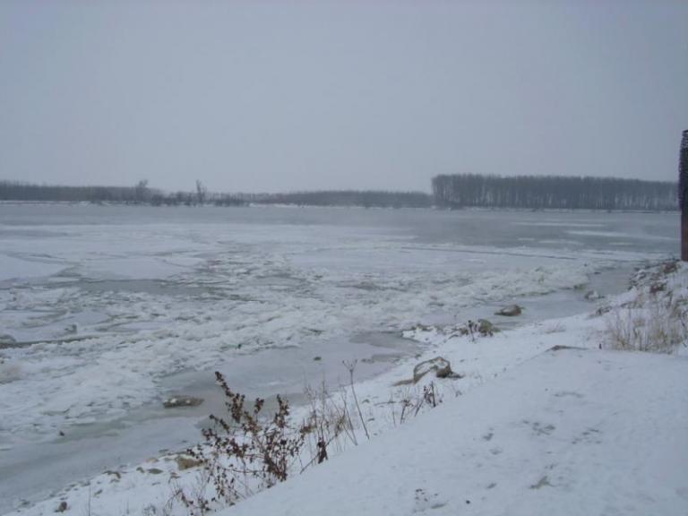 Дунав, зима, Agrozona.bg