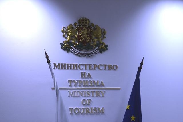 лято 2019, министър Ангелкова, Agrozona.bg