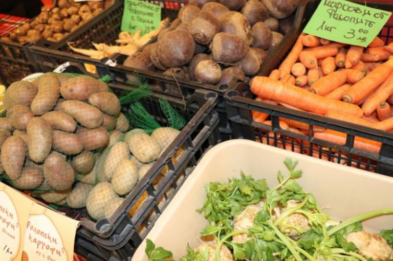 зеленчук, зеленчуци, vegetables, пазар, лук, картофи, корен, цвекло, моркови - agrozona-bg