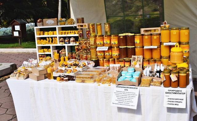 манов мед, пчеларство, Agrozona.bg