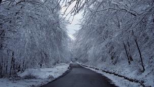 Вижте съветите на Пътна полиция за пътуване през зимата