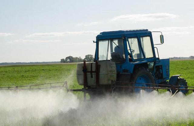 данък, пестициди, Agrozona.bg