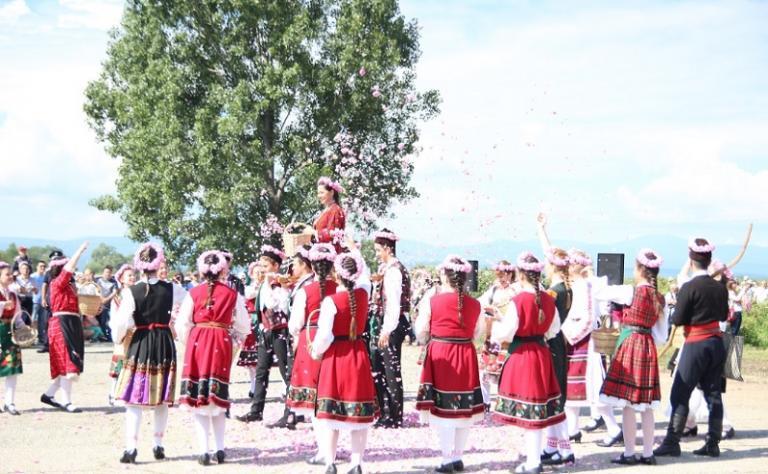 Казанлък, Фестивал на розата, Agrozona.bg