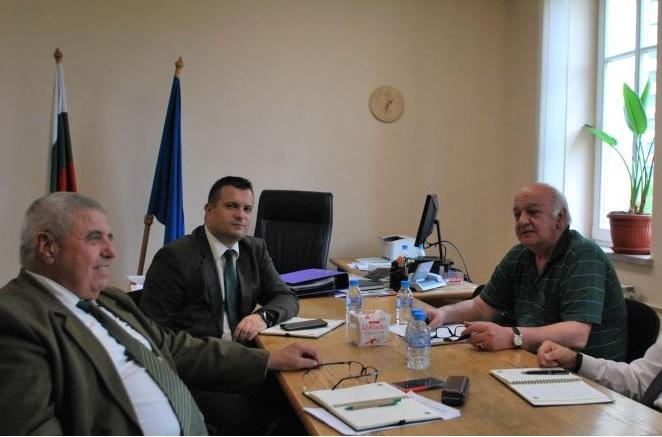 ИАГ, Мирослав Маринов, Agrozona.bg
