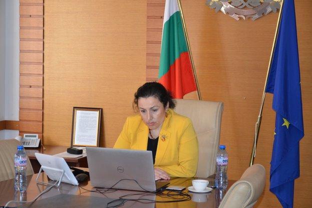 Десислава Танева, животновъдство, Agrozona.bg